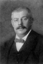 Kafkův otec v roce 1910