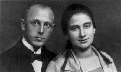 Ottla s manželem Josefem Davidem, 1920