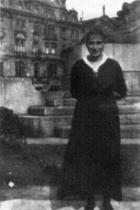 Kafkova sestra Ottla na Staroměstském náměstí