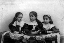 Sestry Valli, Elli a Ottla