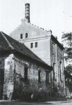 Pivovar v Polné, kde žil Bohumil Hrabal do svých pěti let, 1986