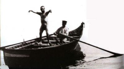 Henri de Toulouse-Lautrec a jeho přítel Paul Viaud na lodi