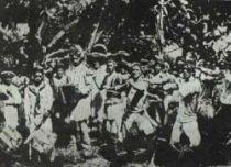 Tahiťané v době Gauguinově již byli téměř zcela poevropštění.