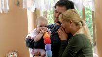 Alice Nellis: Mamas & Papas